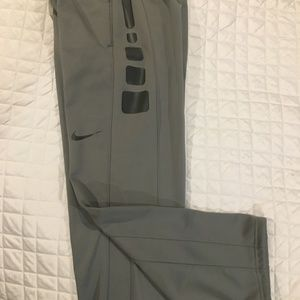 Nike Therma Fit Gray Pants Youth Large